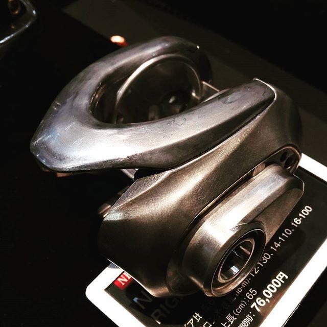 やっぱり、アンタレスのボディって堅牢だよなぁ… #shimano #16antaresdc #フルマグネシウムボディ #問題は高過ぎること #17アンタレスMGLを切望 #出ないんだったらアンタレスARを買い戻そうかな…