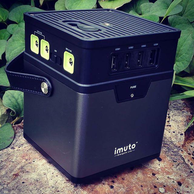 超大容量モバイルバッテリー、これ便利ですね… #スマホもカメラもパソコンも #みんな同時に充電できる #それでも余裕の大容量 #車中泊派に最適 #災害時にも役立つ #モバイルバッテリー #imuto #m5