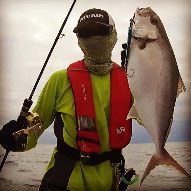 カンパチ釣れてるので、台風来ないで下さい… #jigging #ジギング #遠州灘 #カンパチ #umberjack #cbone #シービーワン #z4 #オシアジガー #リミテッド #ジャイアントキリング #スローピッチジャーク #近場の漁礁で7本 #50cm前後くらい #コイツ相当引きますね…