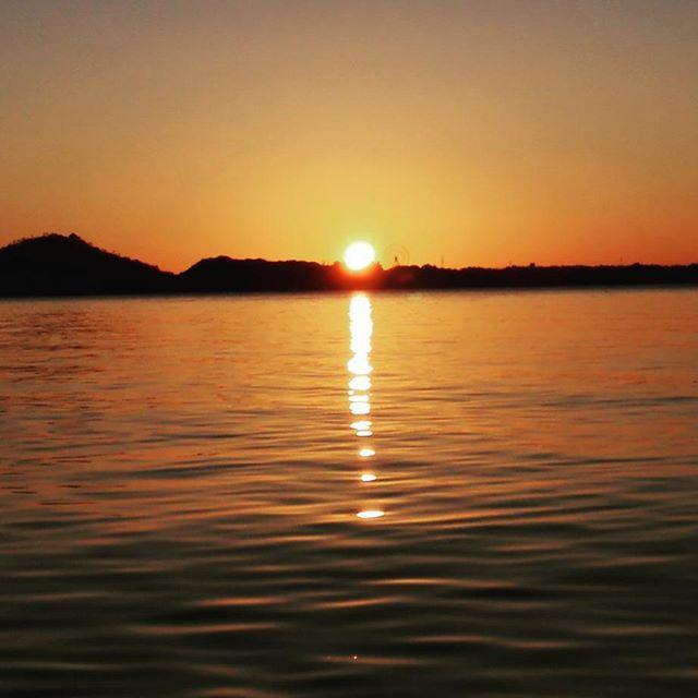 2018年、明けましておめでとうございます… #deeepstream #sunrise #newyear #2018 #挑戦の一年 #皆様今年もよろしくお願いします