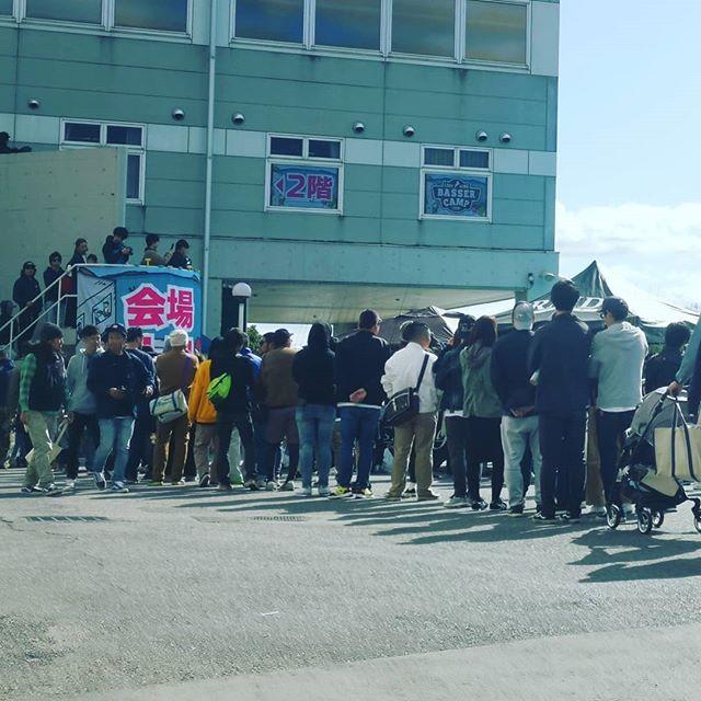 BASSER CAMP大盛況!すでに駐車場満車だそうです…(汗)#バサーキャンプ2019 #bassercamp #琵琶湖 #チャリティイベント #フィッシングショー #オーパル